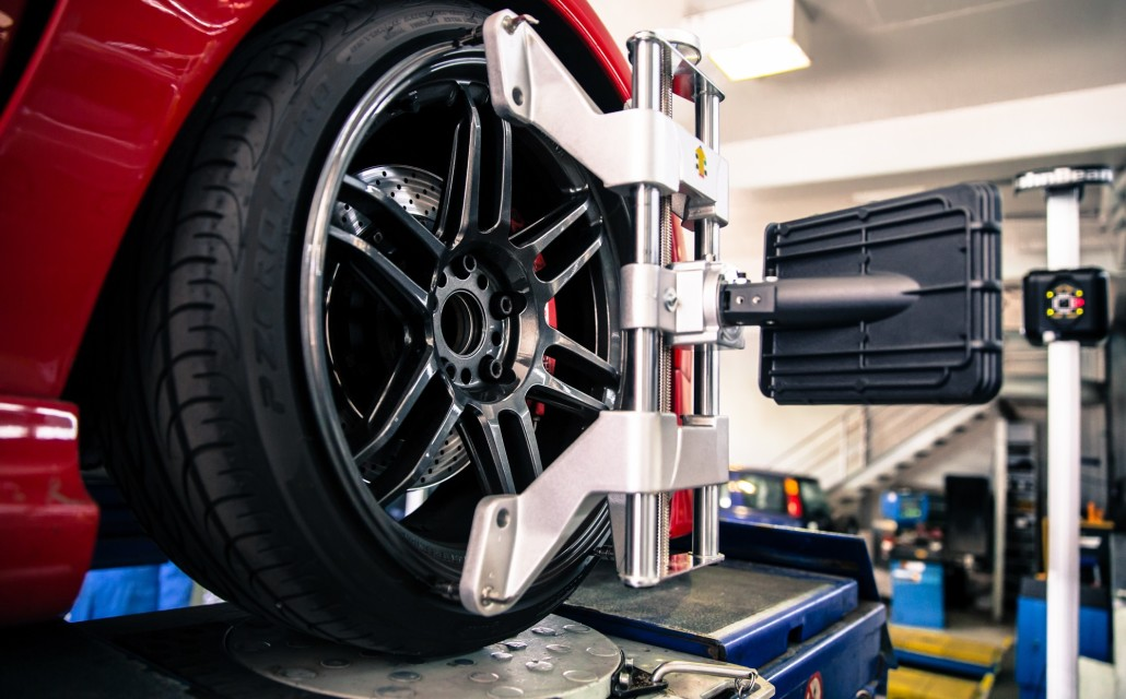 wheel alignment & tyre service